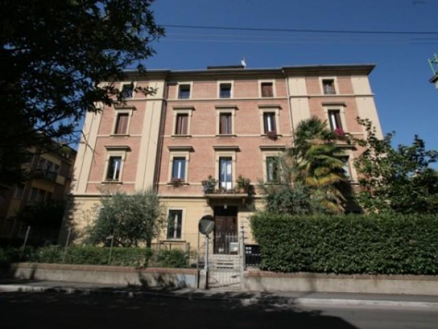 Appartamento in Affitto a Bologna via Filippo Turati 33, Bologna