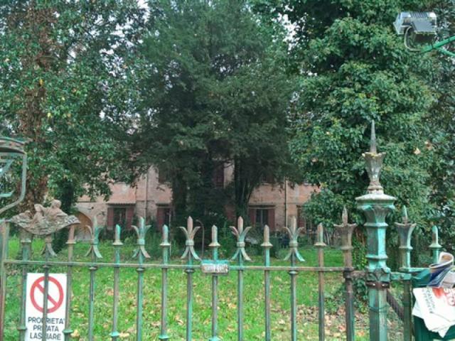 Villa in Vendita a Ferrara via della Libertà Quartesana