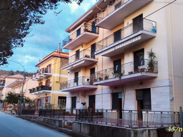 Appartamento in Vendita ad Ascea via Roma Ascea Capoluogo