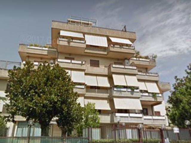 Appartamento in Vendita a Roma via Cerchiara, Settecamini