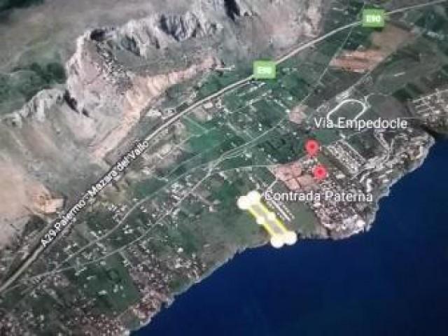 Terreno in Vendita a Terrasini Zona Calarossa