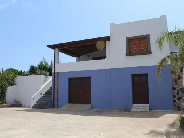 Villa in Vendita a Lipari Quattrocchi 98055 Lipari Pianoconte