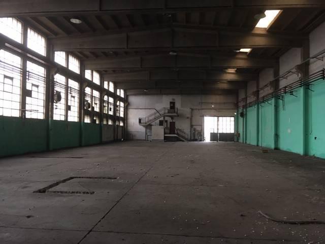 capannone in vendita nichelino via vernea 20 foto1-103634788