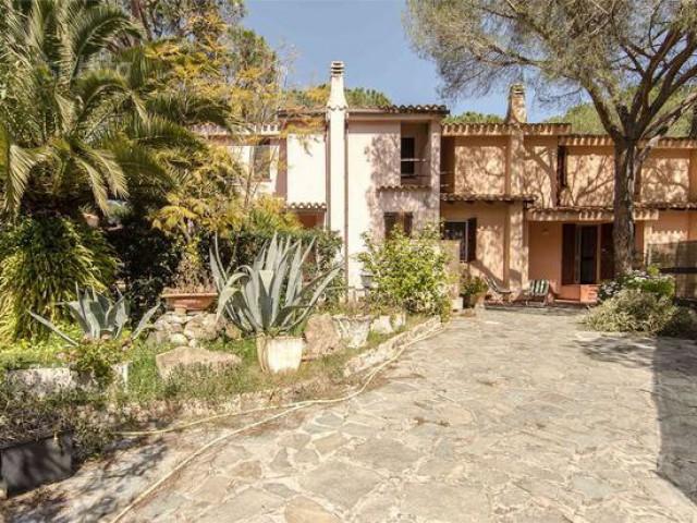 Villa o Villino in Vendita a Pula Strada del Pianeta Marte Santa Margherita