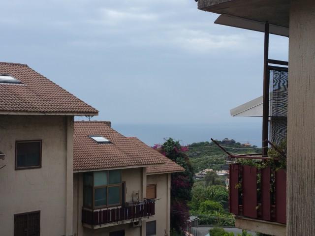 Appartamento in Vendita ad Aci Castello via Timparosa