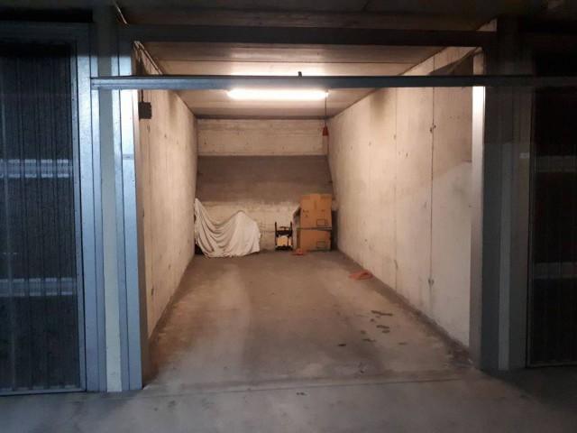 Box Posto Auto in Vendita a Milano via Toce 6 Isola Garibaldi