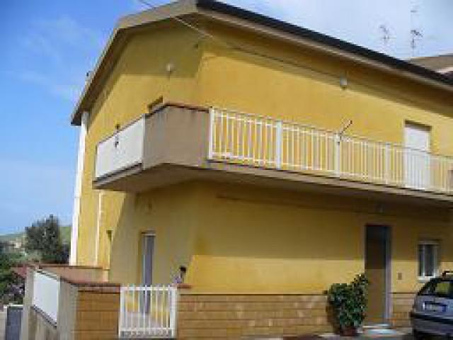 Appartamento in Affitto a Realmonte via Zucacrello