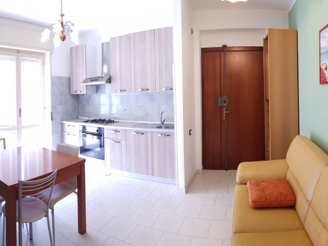 Appartamento in Affitto a Catanzaro via Martiri di Cefalonia 25, Catanzaro Lido