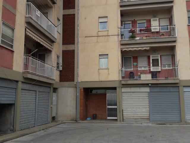 Appartamento in Affitto a Bronte Viale Catania n 1 Centrale