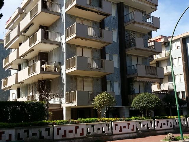 Appartamento in Affitto a Pineto Viale g D
