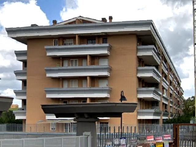 Appartamento in Vendita a Roma via Italo Calvino 49