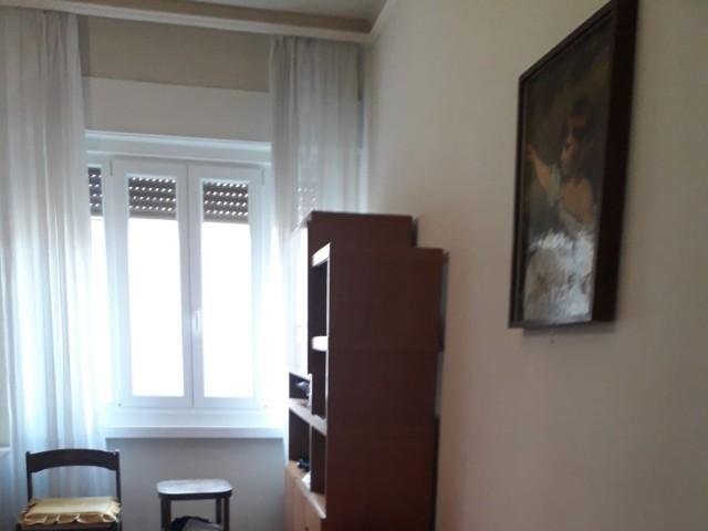 Appartamento in Affitto a Trieste via Giulia