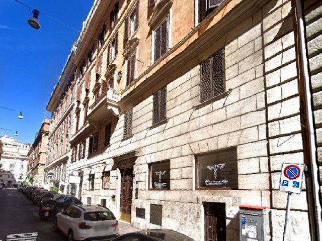 Appartamento in Vendita a Roma via Emilia 47 Adiacente Piazza Vescovio