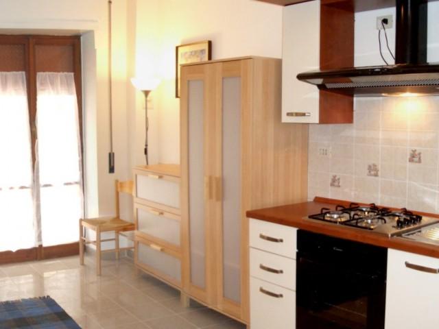 Appartamento in Affitto a Roma via e Pais Batteria Nomentana