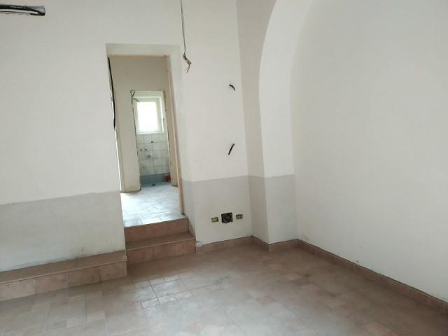 Ufficio in Affitto a Valverde via Vittorio Emanuele