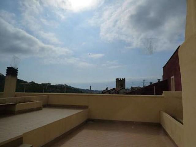 Appartamento in Vendita a Toirano via Parodi 25 Centro Storico