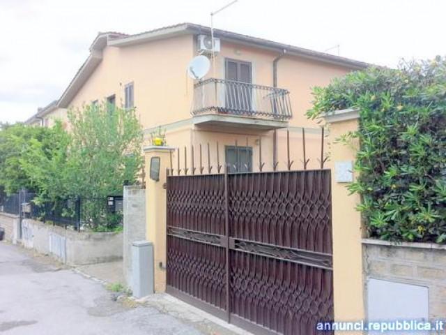 altro in roma morena foto1-106783534
