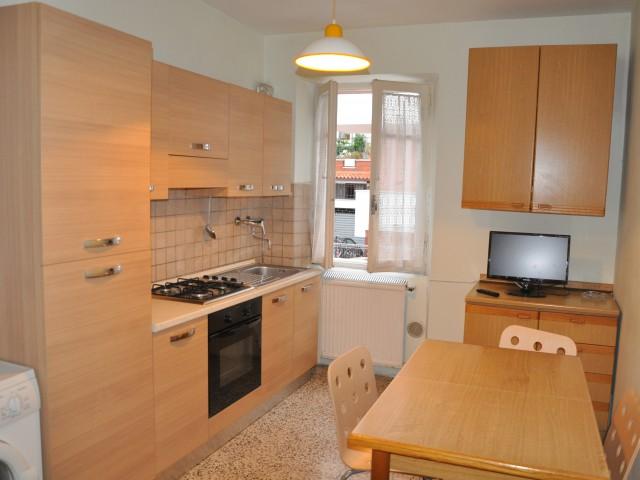 Appartamento in Affitto a Chieti via Dei Peligni 146 Tricalle