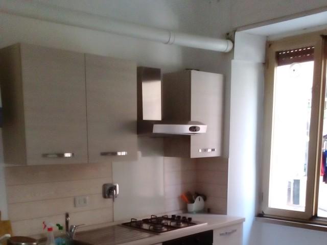 Appartamento in Affitto a Roma via Pavia 3, Università