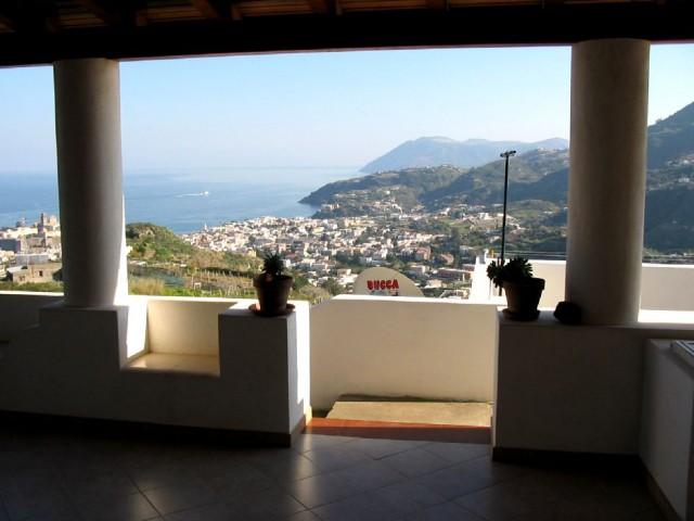 Villa Bifamiliare in Vendita a Lipari c da s Margherita 98055 Lipari Santa Margherita