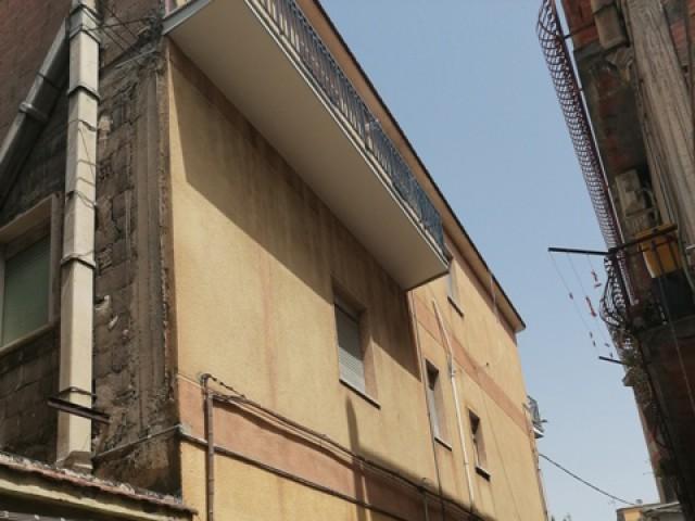Appartamento in Affitto a Bronte via g Messina n° 41 Semi Centrale