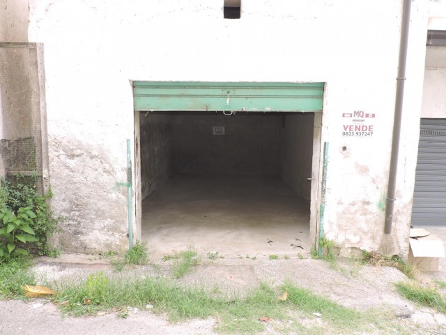 Box Posto Auto in Vendita a Sessa Aurunca