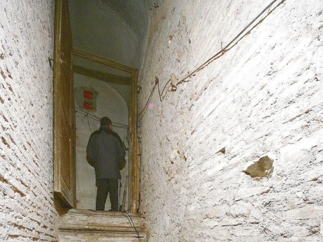 deposito magazzino in vendita a roma via di s ambrogio 15