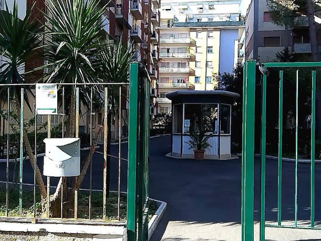 Appartamento in Affitto a Roma Viale Val Padana 109, Conca D