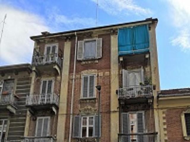 Appartamento in Vendita a Torino via Aurelio Saffi 27 Cit Turin