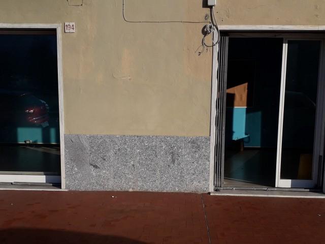 Locale Commerciale in Affitto a Genova via Struppa, Zona Molassana