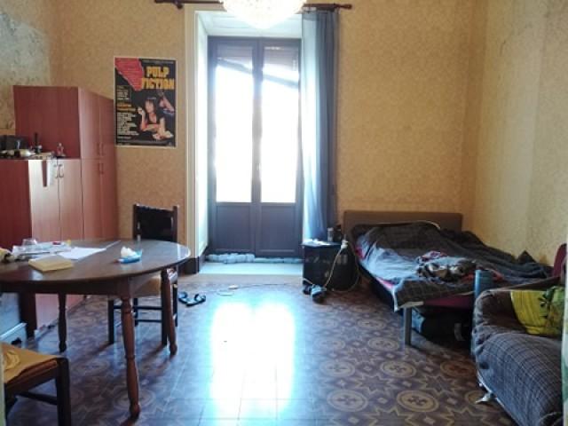 Appartamento in Affitto a Catania via Crociferi 81, Cento di via s Giuliano