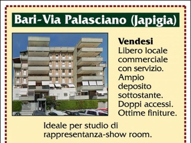 Locale Commerciale in Vendita a Bari via Ferdinando Plasciano Japigia