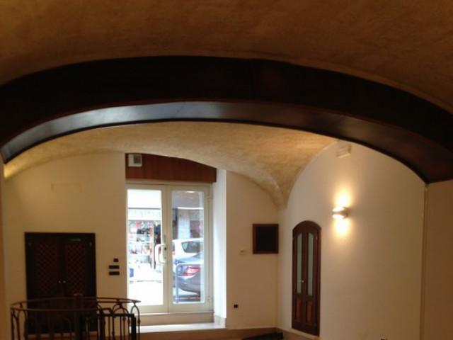 Locale Commerciale in Vendita a Bari via Nicolai Centro