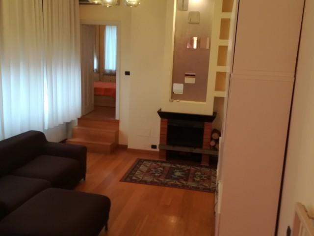 Appartamento in Affitto a Firenze via della Villa Demidoff Firenze Nord