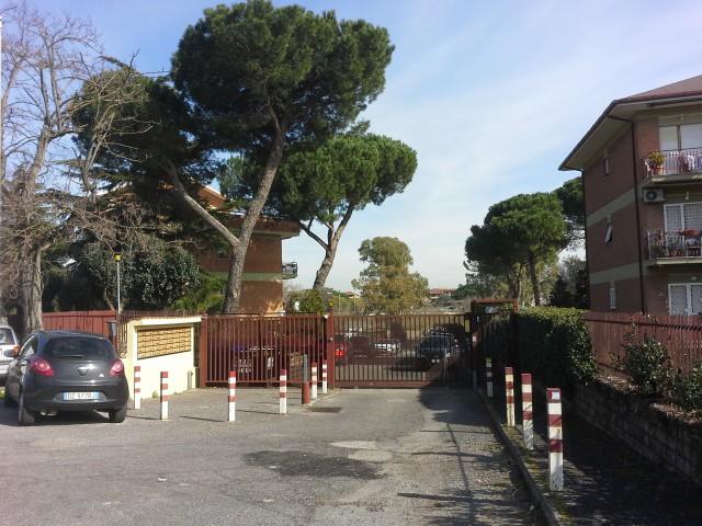 Appartamento in Vendita a Roma via Casale Morena 17 Casal Morena