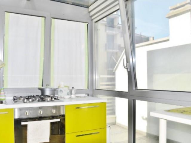 Appartamento in Vendita a Milano via Montecuccoli Bande Nere