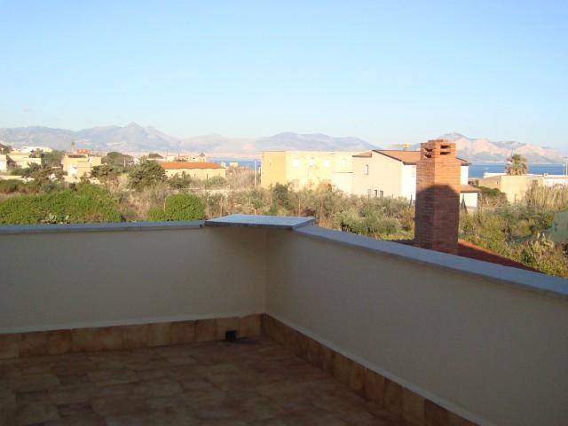Appartamento in Affitto a Ficarazzi di Palermo Corso Italia Varie Zone