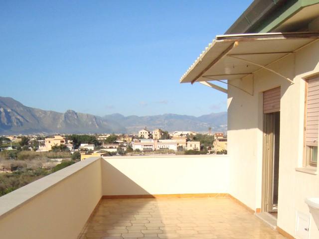 Appartamento in Affitto a Ficarazzi di Palermo Varie Zone