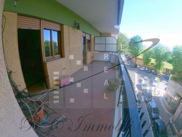 Appartamento in Vendita a Roma via Caneva Tiburtina Casal Bruciato