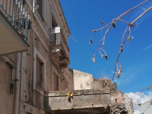Appartamento in Affitto a Bronte via Nino Martoglio 11 Centrale