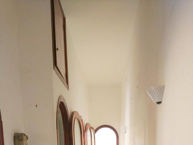 Appartamento in Vendita a Napoli via Duca Ferrante della Marra 3 Materdei
