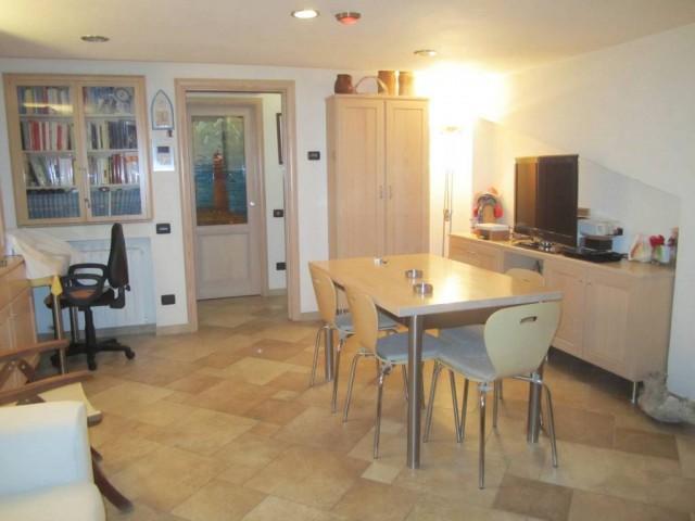 Appartamento in Vendita a Guidonia Montecelio via Bari 100 Villalba di Guidonia