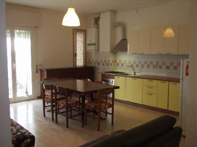 Appartamento in Affitto a Lido di Savio Viale Romagna 38 Ravenna ra Lido di Savio