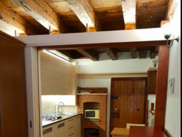Appartamento in Affitto a Venezia Calle Delle Ancore Castello