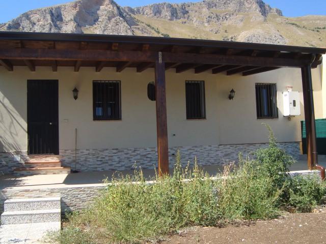 Villa Singola in Vendita ad Altavilla Milicia Piano Sperone Pressi Lido Sporting
