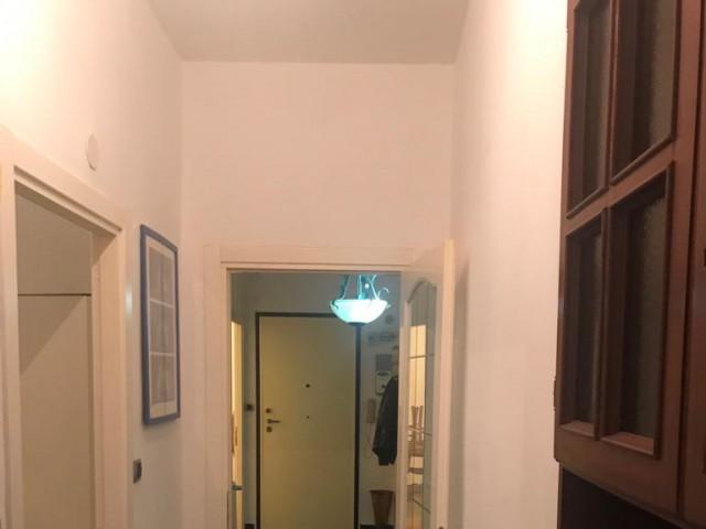 Appartamento in Affitto a Genova via Blele