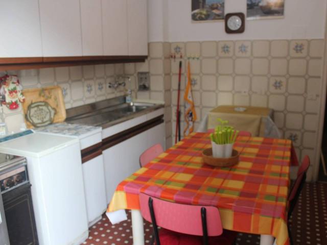 Appartamento in Affitto a Genova via Balbi Principe
