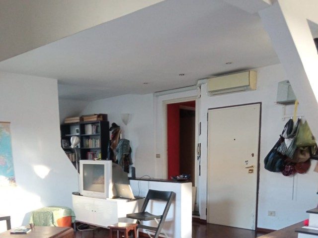 Appartamento in Affitto a Genova Piazza della Posta Vecchia Centro Storico