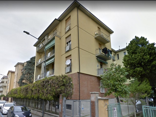 Appartamento in Vendita a Bologna via Calzolari Bolognina
