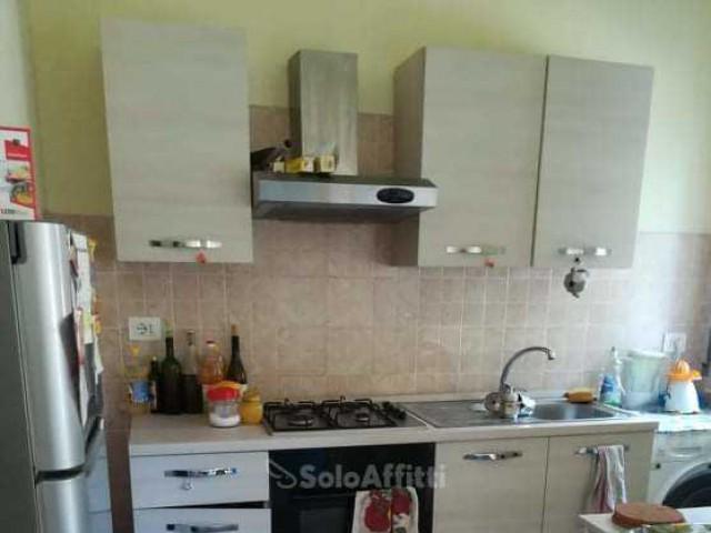 Appartamento in Affitto a Pisa via Quarantola 45 Zona Ingegneria